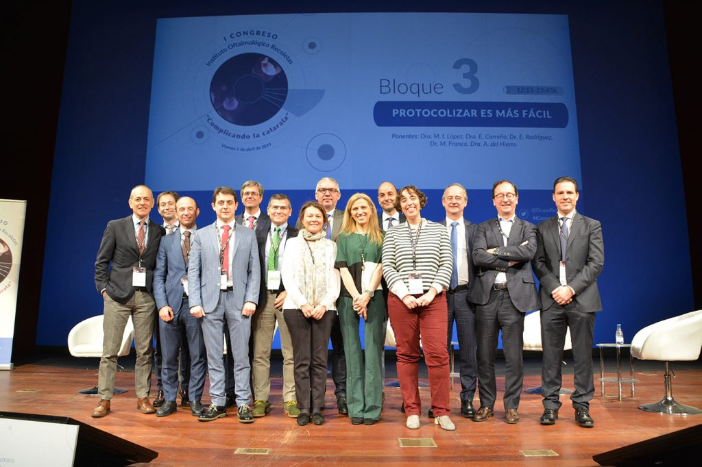 El Teatro Calderón acogió a expertos oftalmólogos para debatir sobre cirugía de catarata y sus patologías asociadas