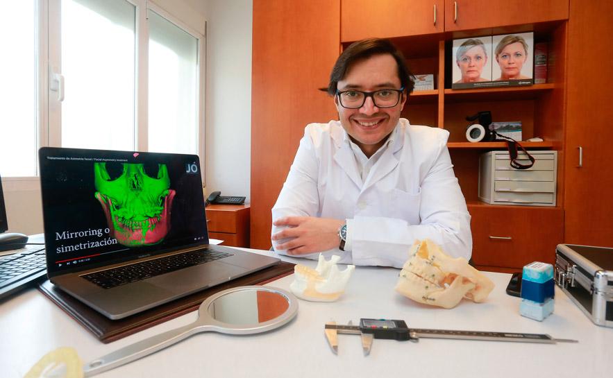 Dr. Joshi Otero de la Unidad de Facial Contouring en Recoletas Burgos