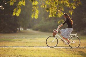 Beneficios de la bicicleta: el deporte del verano que mejora tu salud